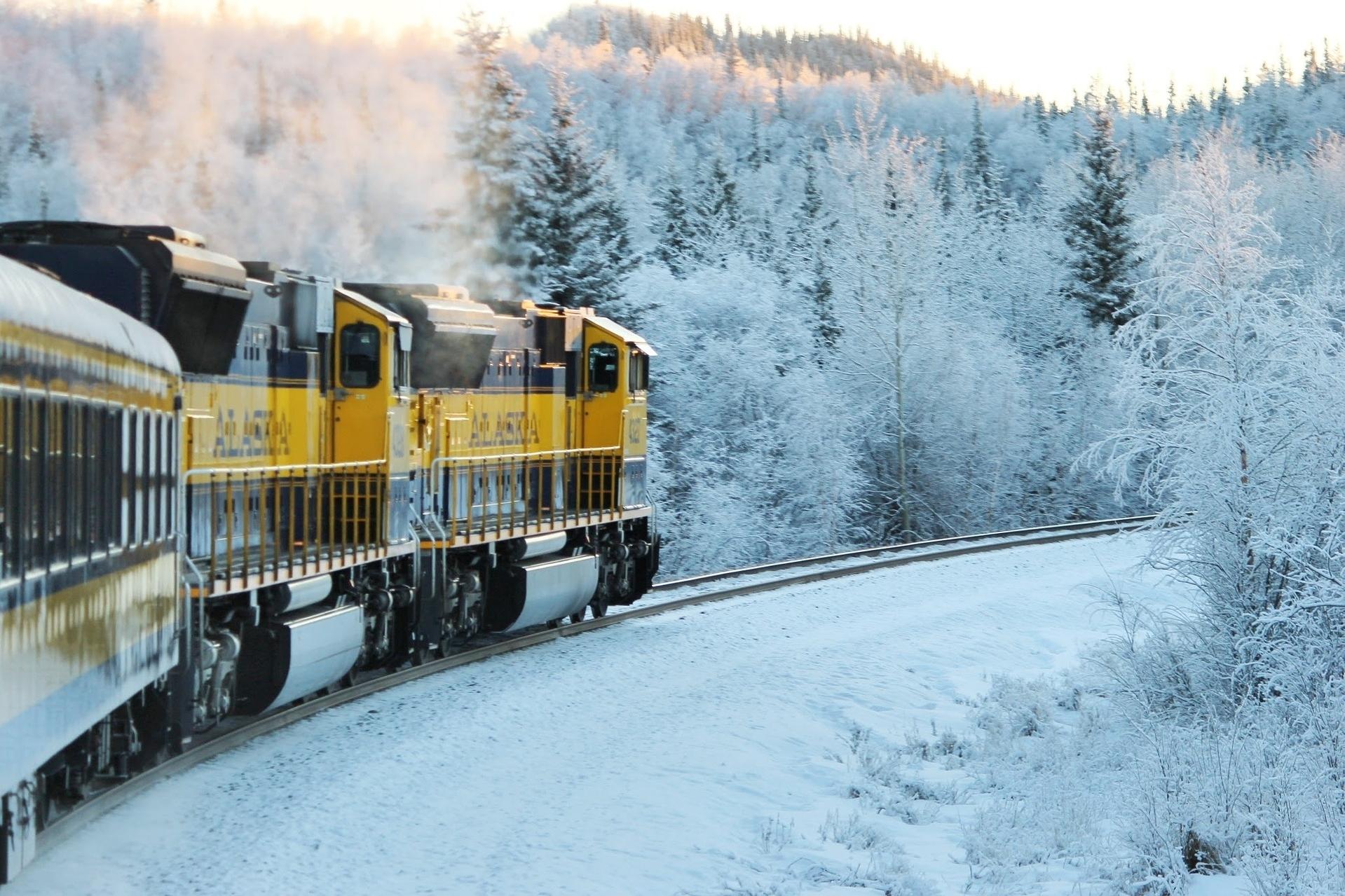 train-668964_1920 (1)